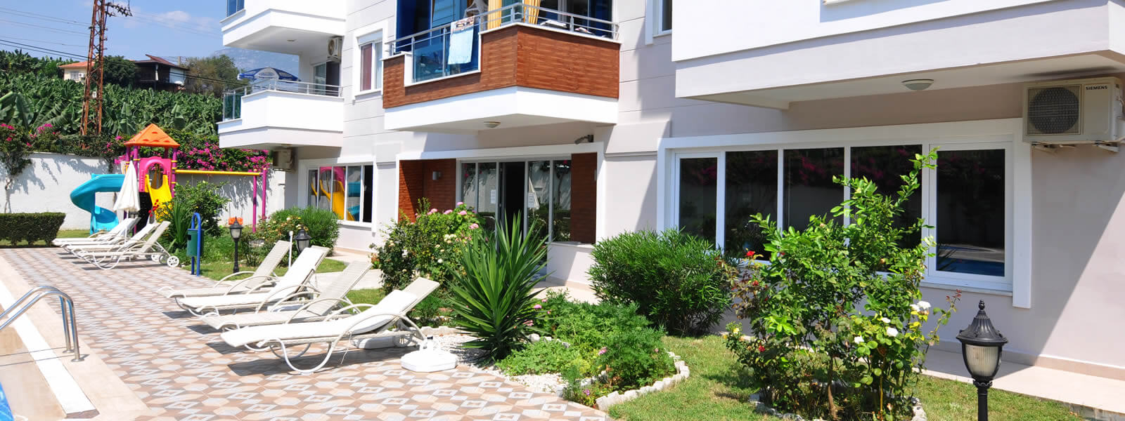 Apartments and luxury villas for sale in Mahmutlar Alanya